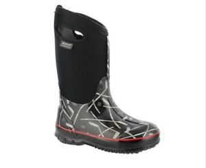 Boys Bogs Winter Boots Size 11.  Brand New!