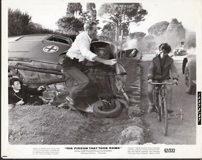 Charlton Heston Harry Guardino The Pigeon That Took Rome 1962 Movie Photo 42607 - $6.99