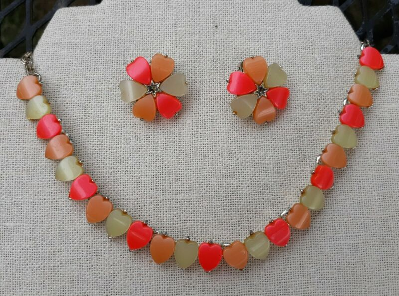 Vintage Lucite Hearts Choker Necklace Clip On Earrings Adorable Pink Peach