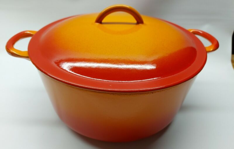 Large Flame Orange Descoware Belgium 2-D 8P Pot W Lid, Enamelware, Cast Iron MCM