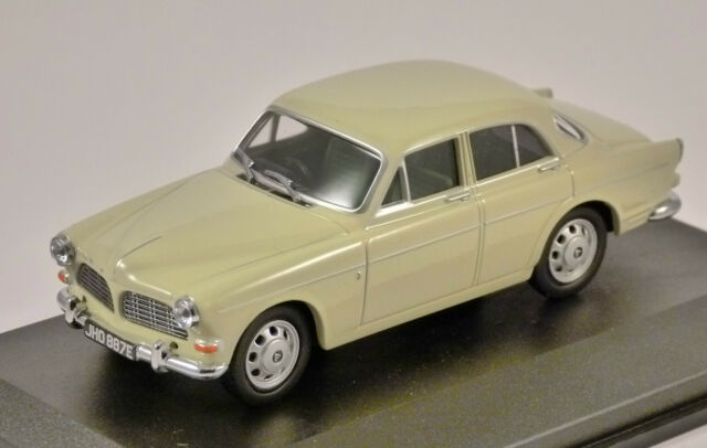 VOLVO AMAZON in Light Green 1/43 scale model by OXFORD DIECAST