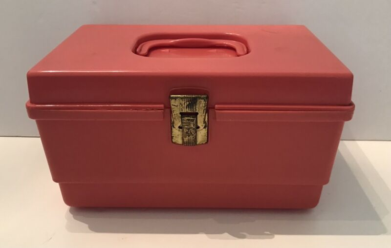 Vintage Small Plastic Sewing Box Pink with Removable Tray Travel Kids 10x6x7