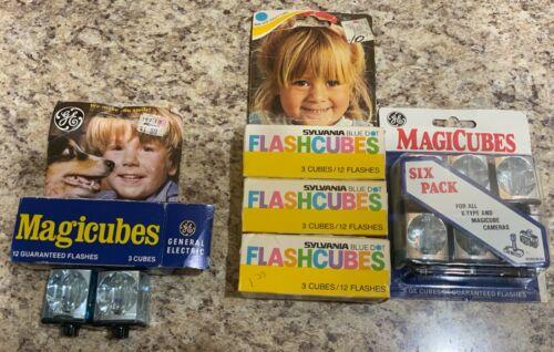 17 Vintage GE MagiCubes/Sylvania Flashcubes for X-Type Cameras, 68 flashes total