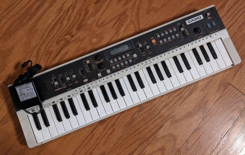 Casio Casiotone MT-70 Rare Vintage Keyboard w/ Power Supply Working