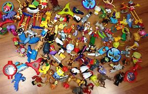 Lot , plus de 100 jouets McDo pour 15$