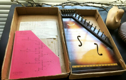 VINTAGE ZITHER, GUITAR: DIPANO PARIS; BOX & 22 TUNE SHEETS; REQUIRES STRINGS