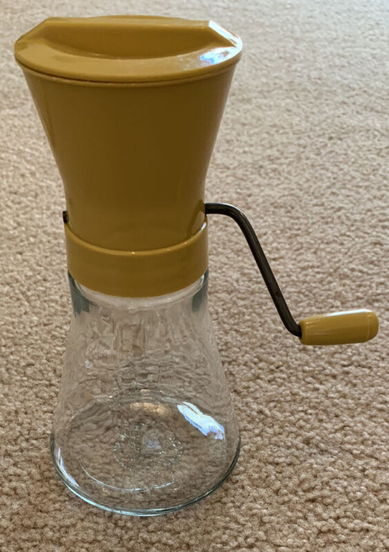 Vintage Androck USA Gold Yellow Grinder Nut Chopper NICE!