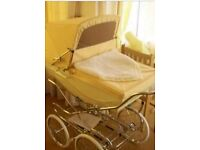 Silver cross Kensington pram in lemon special order