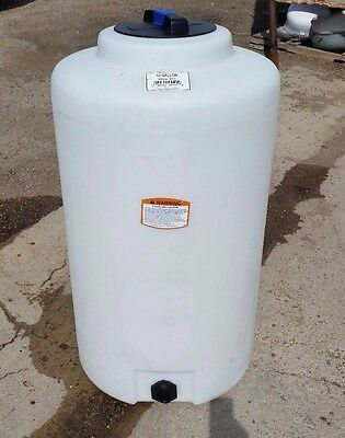 65 Gallon Vertical Poly Tankcontainer Indoor Water Or Chemical Storage