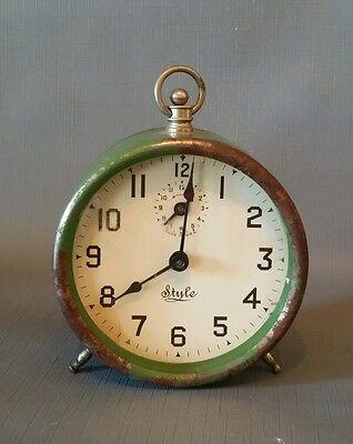 Antique Wind Up Alarm Clock Round Green Metal Art Deco Pre-1930 Mantel Shelf Old