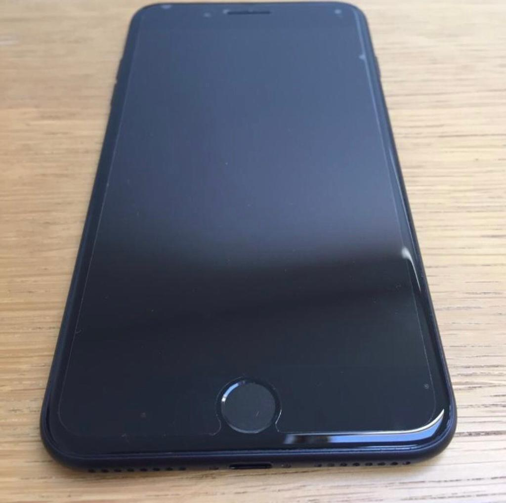 iPhone 7 Plus 32gb Matt Black Vodafone network