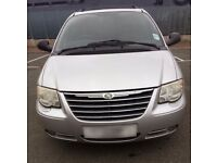 2005 Chrysler Grand Voyager LE 3.3 petrol auto top of the range silver huge spec.