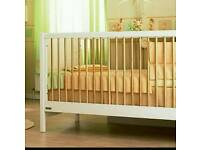 Mamas and Papas Omni Cot Bed
