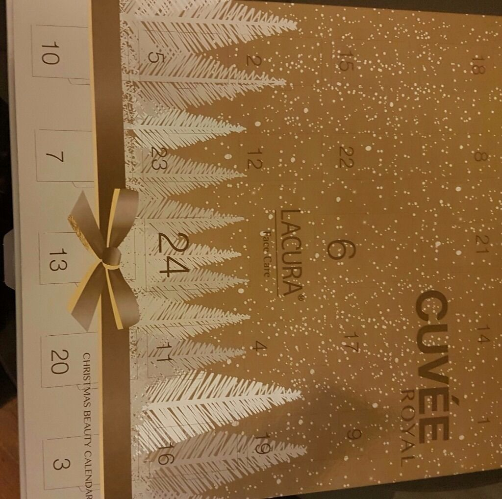 Beautiful luxury ladies Christmas advent calendar