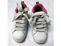 Girls size 2 Heelys (or 'Heeleys') Genuine - Pink and White