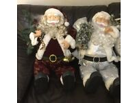 3 display large santas