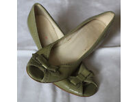 Women's size 6 ½ Leather Olive Green Court shoes