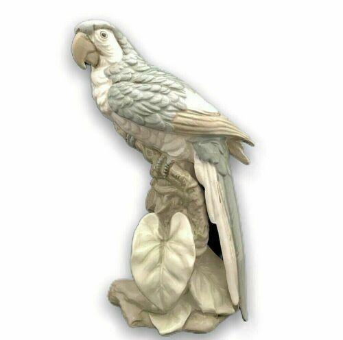 Shafford Dana Collection Parrot Bird Figurine #178