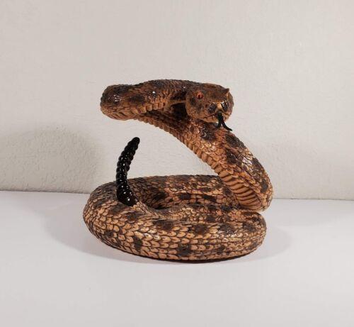 Diamondback Rattle Snake Wildlife Statue Yard Home Décor Figurine Collectible
