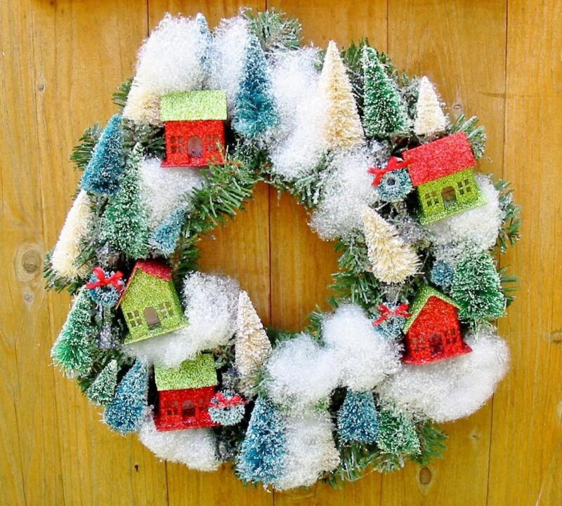 Retro Christmas Wreath Bottle Brush Trees Putz Houses New