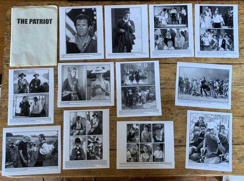 """The Patriot"" (2000) movie press kit - 12 photos Cover- Gibson Heath Ledger"