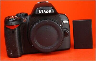 Nikon D40 DSLR Camera Body - sold with Generic  Battery - Only 9,205 Shots Taken