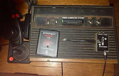 Vintage Atari 2600 Wooden Console with 2 Set Paddles, 1 Joystick & Antenna Conne