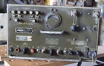Signal Corps Radio Transmitter US Army Military Vintage T-14J/TRC-1 WW2 Vintage
