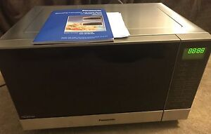 Panasonic 27L Flatbed Stainless Steel Microwave Seaton Charles Sturt Area Preview