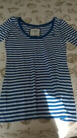 Women's Abercrombie & Fitch long-sleeved top - Large