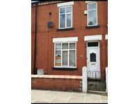 2 Bedroom Terrace House- Denton, close to city centre