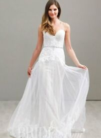 Beautiful Ti Adora by Alvina Valenta Wedding Dress