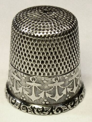 """Antique Waite Thresher Co. Sterling Silver Thimble  """"Anchors"""" Design  C1910s"""