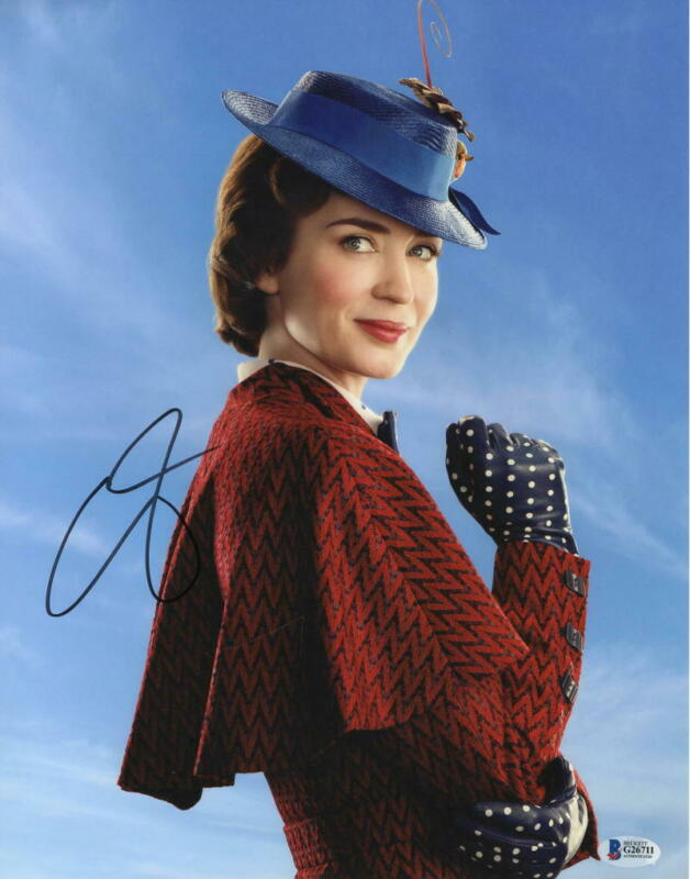 EMILY BLUNT SIGNED 11X14 PHOTO MARY POPPINS RETURNS AUTOGRAPH BECKETT COA G