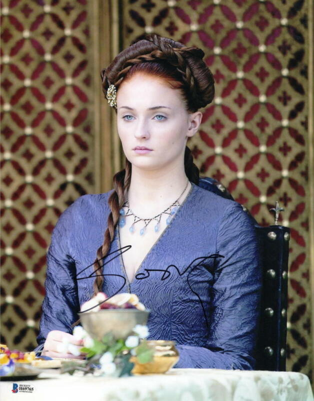 SOPHIE TURNER SIGNED 11X14 PHOTO GAME OF THRONES AUTHENTIC AUTOGRAPH BAS COA H