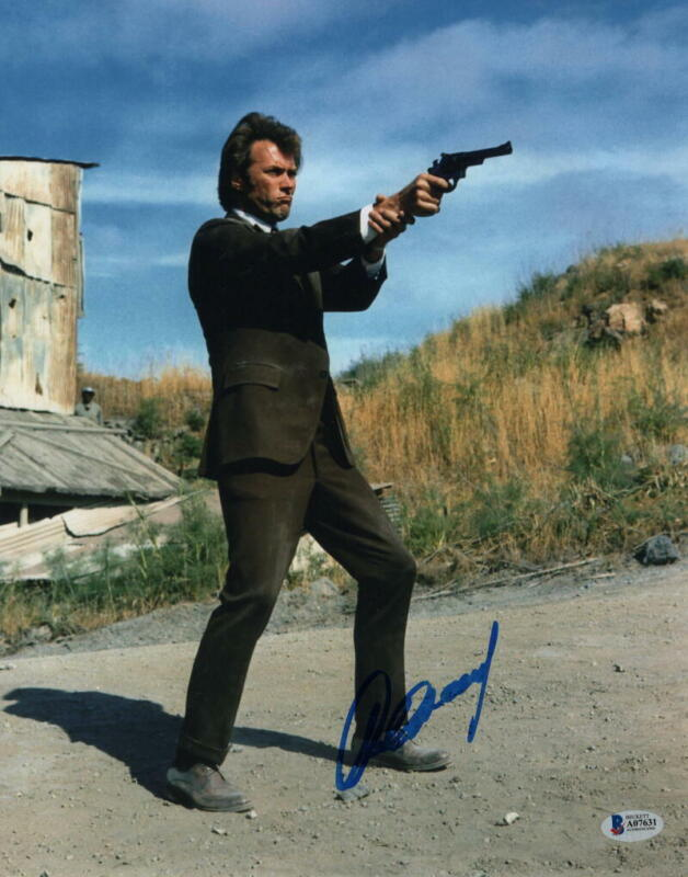 CLINT EASTWOOD SIGNED AUTOGRAPH 11x14 PHOTO - UNFORGIVEN, MOVIE ICON, BECKETT