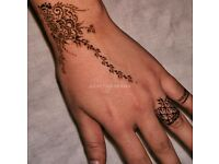 HENNA ARTIST / MEHNDI · **FROM £10.00** - BRIDAL/PARTIES/WEDDING · LONDON