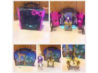 Monster High Play Set & Furniture