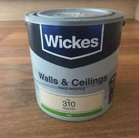 Wicks Walls & Ceilings Hard-wearing Magnolia Silk No.310 Paint. Collection ASAP