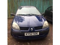 Renault clio 52 plate