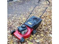 Sovereign Briggs and Stratton Self-Propelled Petrol Lawnmower