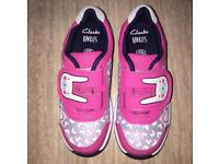 NEW Clarks Kids Girls Pink Light Up Trainers