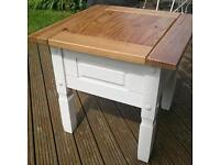 Coffee table, shabby sheeked, Annie Sloan, solid wood.
