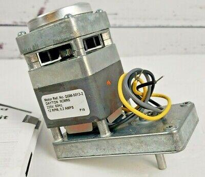 Dayton Gearmotor 9cmr6 New Qgm-5013-2 Wmanual 235v 60hz 12 Rpm 0.2 Amps