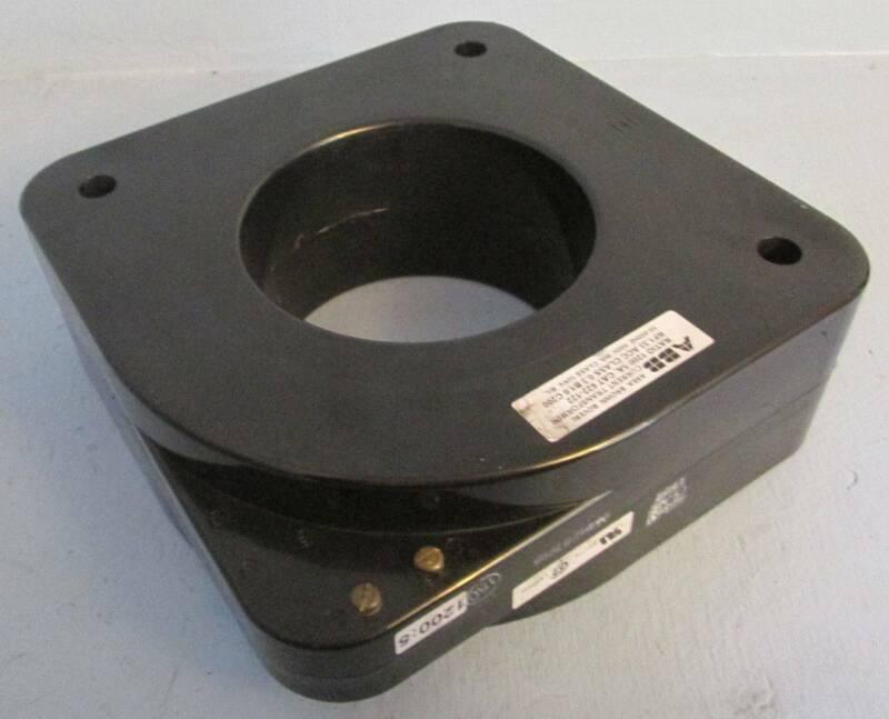 ABB Ratio: 1200:5 A Cat: 622-122 RF: 1.33 ACC 600V CT Current Transformer 5A