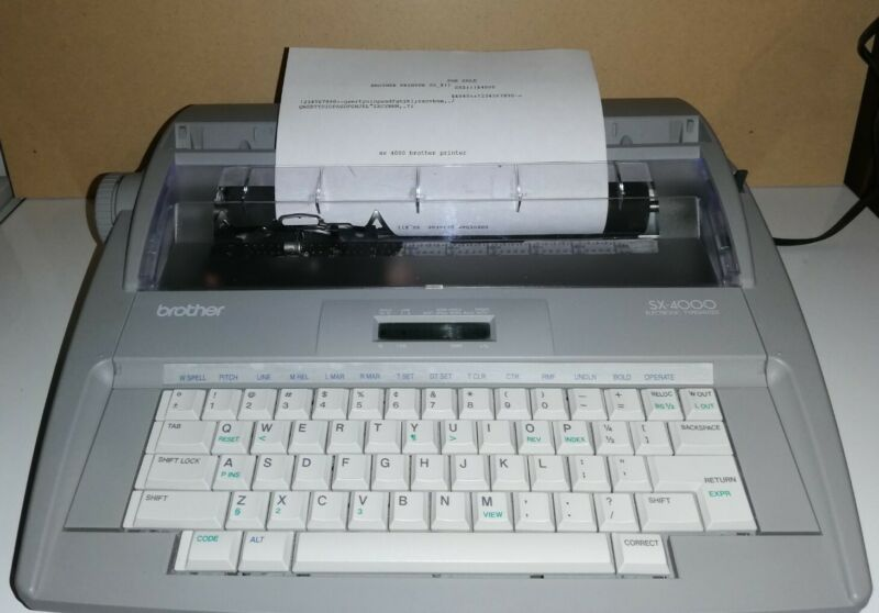 Brother SX-4000 Portable Electronic LCD Display Typewriter w/ Dictionary, TESTED