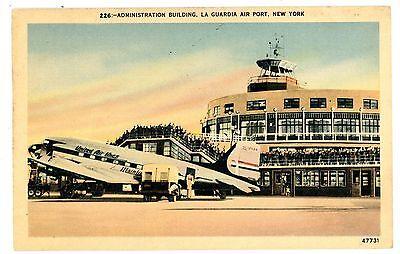 Elmhurst Queens LI NY-UNITED AIR LINES PLANE-LAGUARDIA AIRPORT TERMINAL-Postcard - Elmhurst Queens