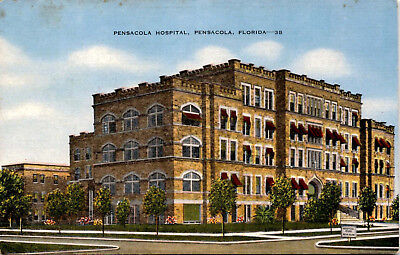 Pensacola Hospital, Pensacola Florida Street View Vintage Postcard F23