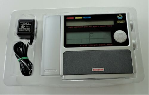 2007 Box Honeywell PCR507W Weather Time NOAA Public Alert Atomic Clock FM Radio