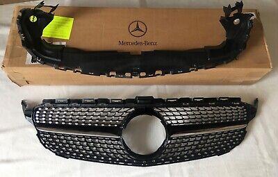 Mercedes-Benz AMG/,,Diamantgrill'', C-Klasse W205